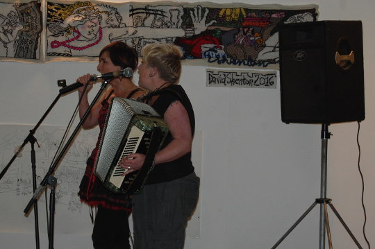 Dandelion and the Rockets performing at Dandifest.