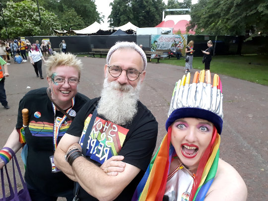 A selfie with Julie Bremner and David Shenton. (c) 2019 by Eloise O'Hare.